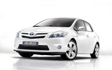 Rent Toyota Auris Hybrid Automatic